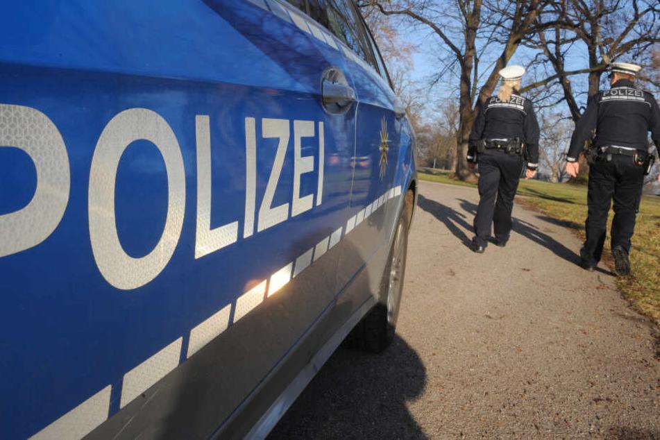 Die Polizei rief die Eltern zur Stelle, an der ihr Sohn angehalten wurde. (Symbolbild)