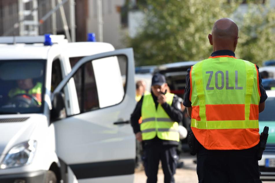 Riesen-Razzia wegen Menschenhandels in Berlin: 1900 Polizei-Beamte im Einsatz!