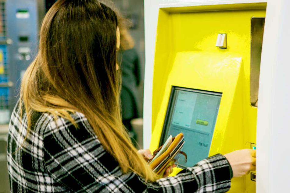 Erste Stadt in Deutschland: Hier können Frauen jetzt billiger Bahnfahren als Männer