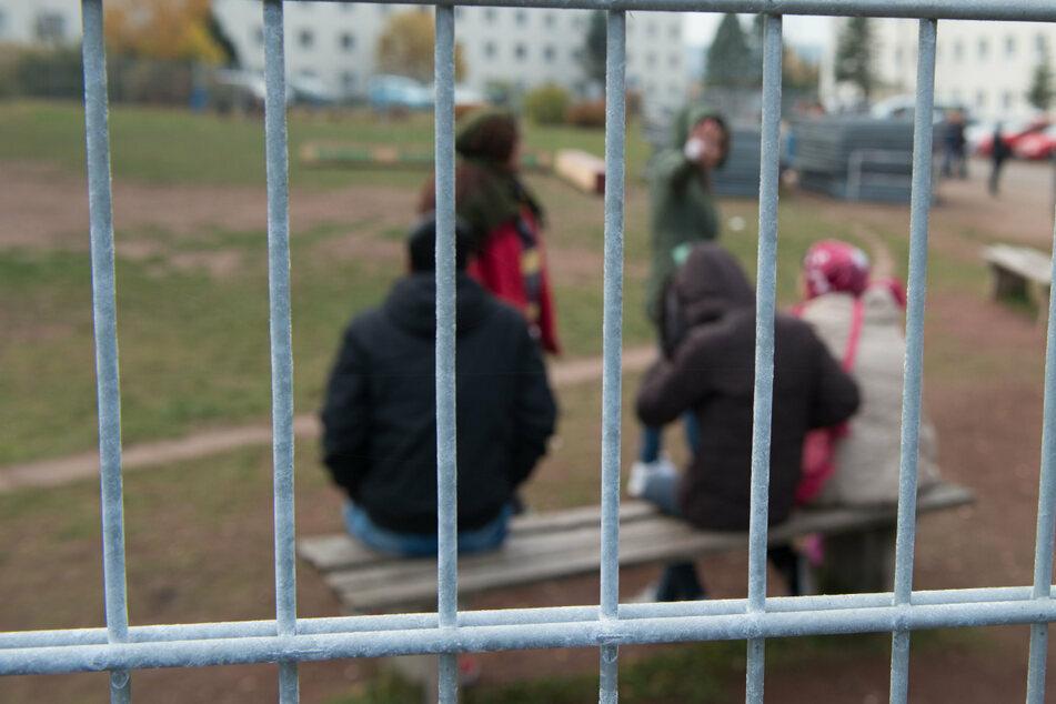 Unter anderem fordert der Bayerische Flüchtlingsrat die Schließung der sogenannten Ankerzentren in Bayern.