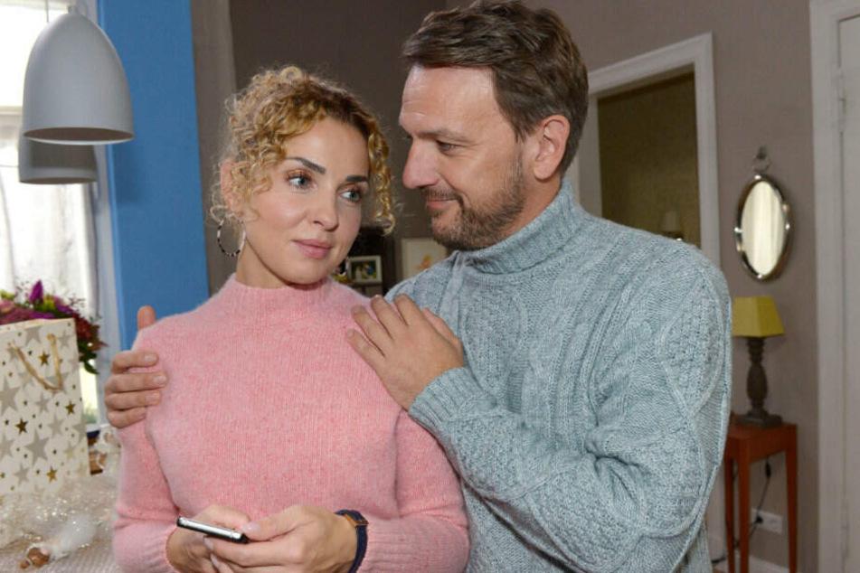 Robert hat Verständnis dafür, dass Nina Weihnachten bei ihrem Sohn verbringen will.