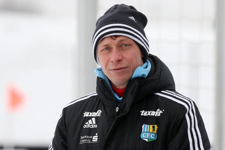 Trainer Sven Köhler hofft auf Verstärkung beim CFC.