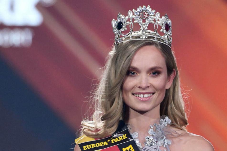 Nadine Berneis, Miss Baden-Württemberg, wird zur Miss Germany gekürt.
