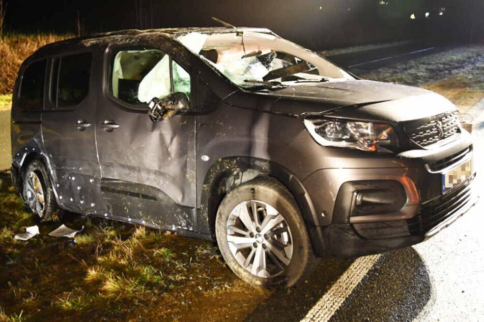 Auf der Staatsstraße 2194 in Bayern ist es zu einem Unfall gekommen.