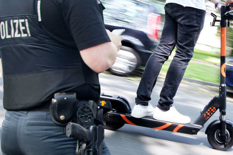 Die Polizei in Frankfurt will die weitere Entwicklung beim E-Scooter-Verkehr beobachten (Symbolbild).