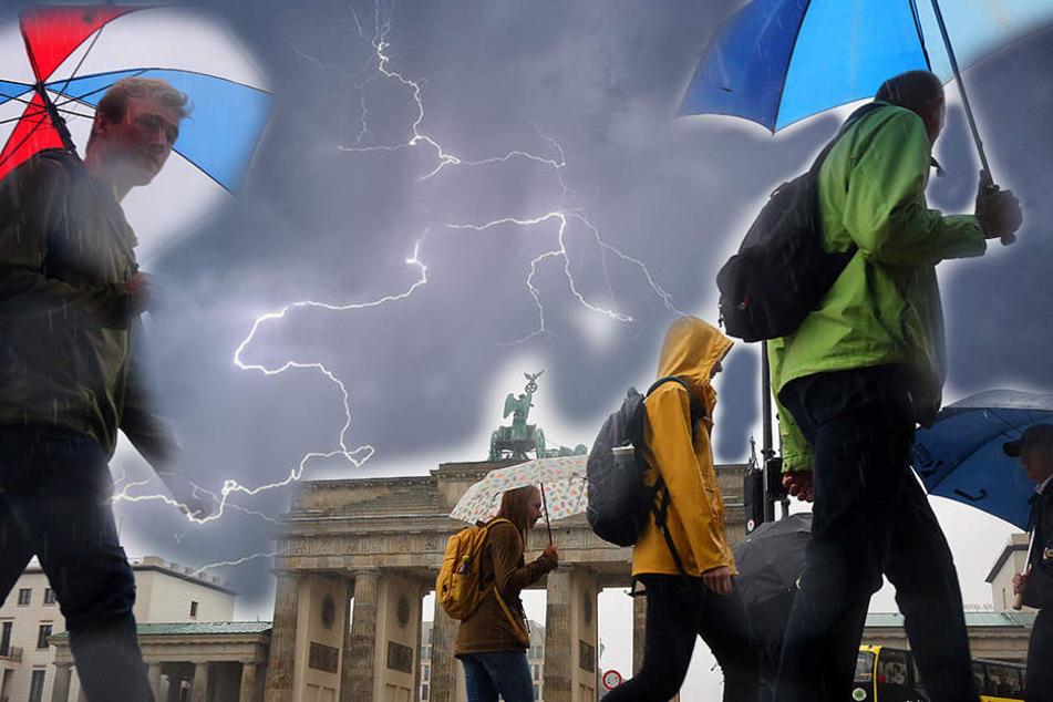 Vor allem am Freitag kommt es wahrscheinlich zu Gewitter und Starkregen. (Symbolbild)