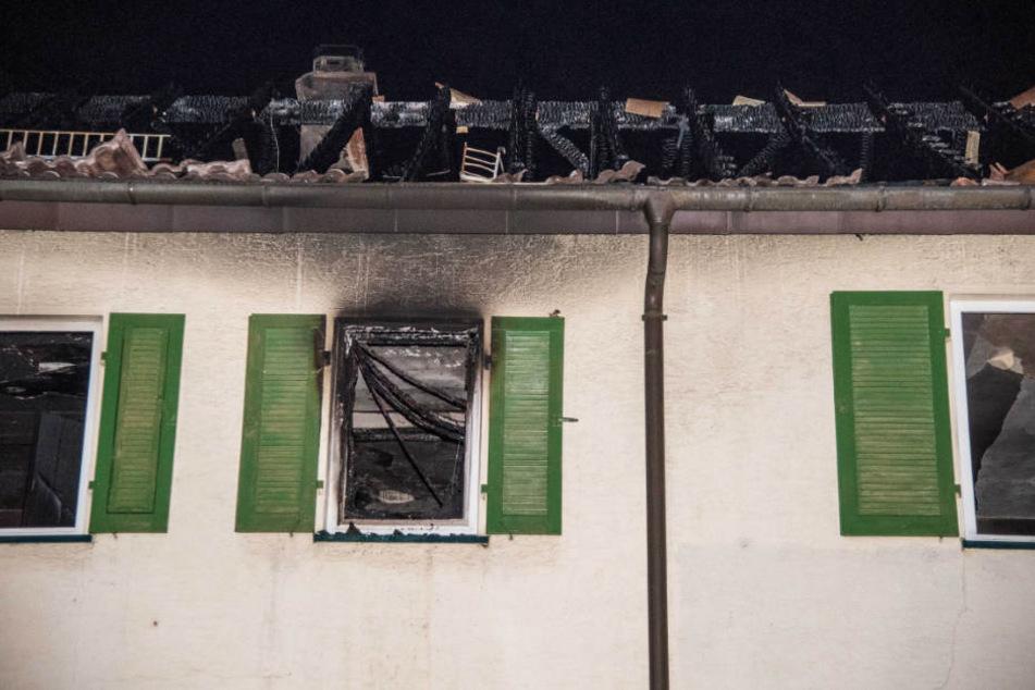 Nach Brand: 84-Jähriger tot aus zerstörtem Haus geborgen