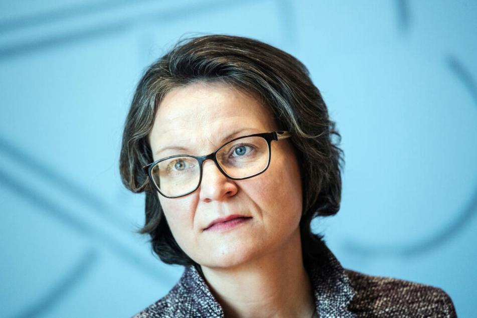 Für NRW-Bauministerin Ina Scharrenbach (43) ist der Berliner Mietendeckel keine Option.