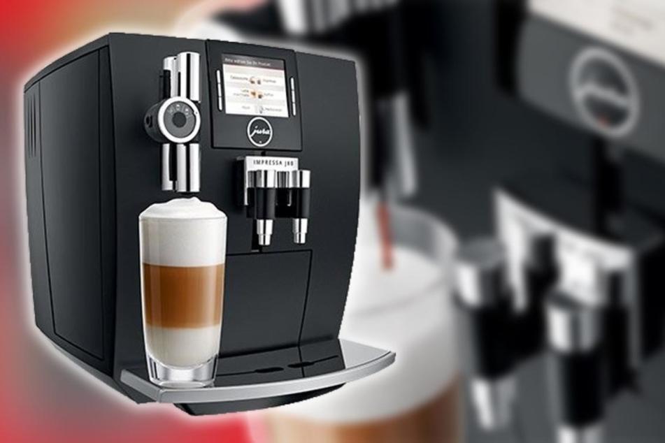 Der Kaffeevollautomat von Jura zaubert den perfekten Milchschaum.