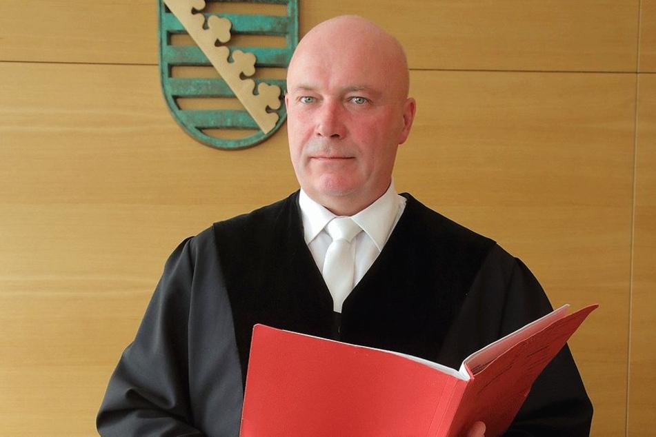 Arndt Fiedler (54) schickt jetzt sein Urteil gegen die Britin auf die Insel.