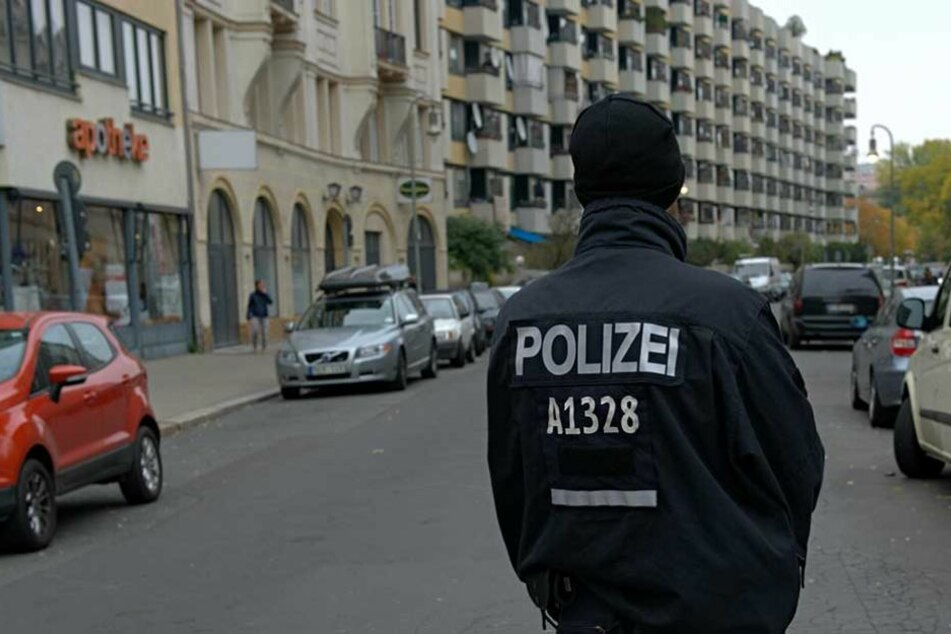 Die Polizei nahm die Frau fest (Symbolfoto).