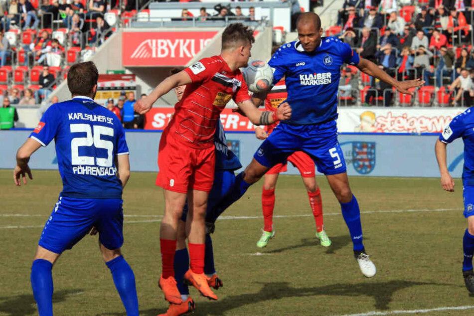 Die Erfurter verloren 1:3 gegen den Karlsruher SC.