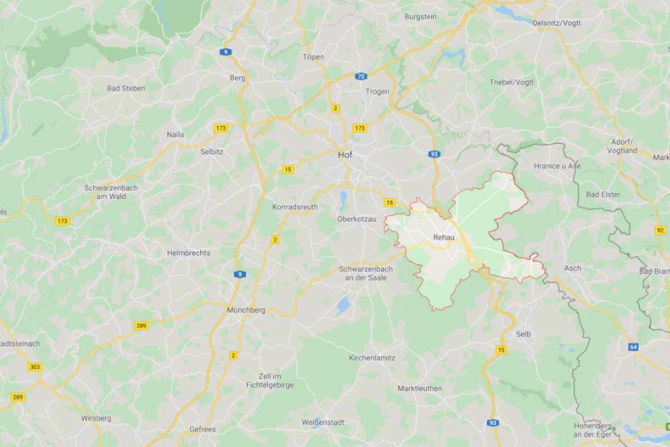 Der Unfall ereignete sich in Rehau im oberfränkischen Landkreis Hof.