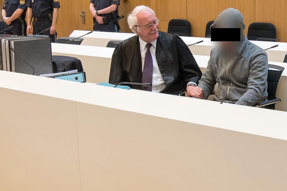 Alexander B. (38) beim Prozessauftakt in München.