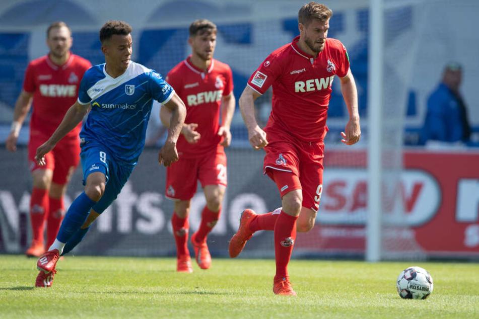 Kölns Simon Terodde (r.) ist mit 29 Treffern Torschützenkönig der Zweiten Liga geworden.