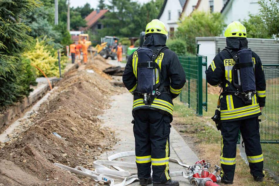 Am Ende mussten auch die Feuerwehrleute warten - auf den Entstördienst.
