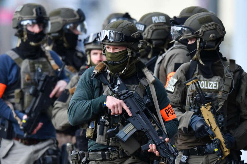 Einige Polizisten sollen zu Praktika gezwungen worden sein. (Symbolbild)