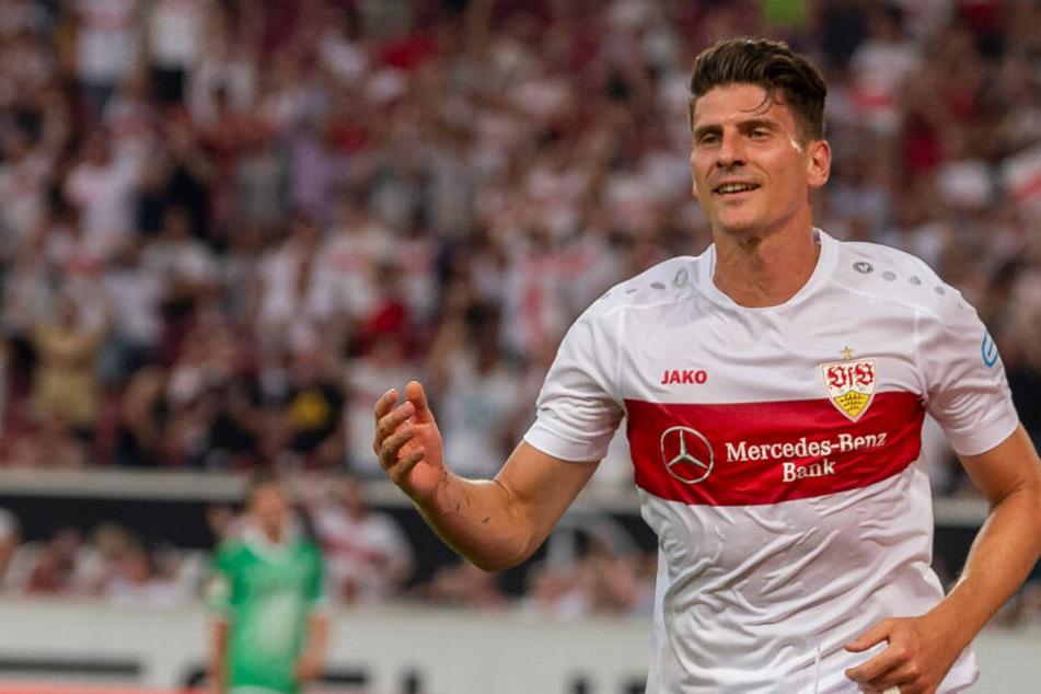 Mario Gomez bejubelt seinen 1:0-Führungstreffer (29.).