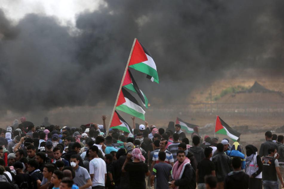 Hunderte Menschen wurden bei den Protesten Verletzt, mehr als ein Dutzend starb.