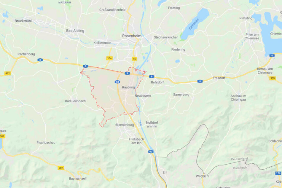 Der schreckliche Zwischenfall hat sich in Raubling im Landkreis Rosenheim in Bayern ereignet.