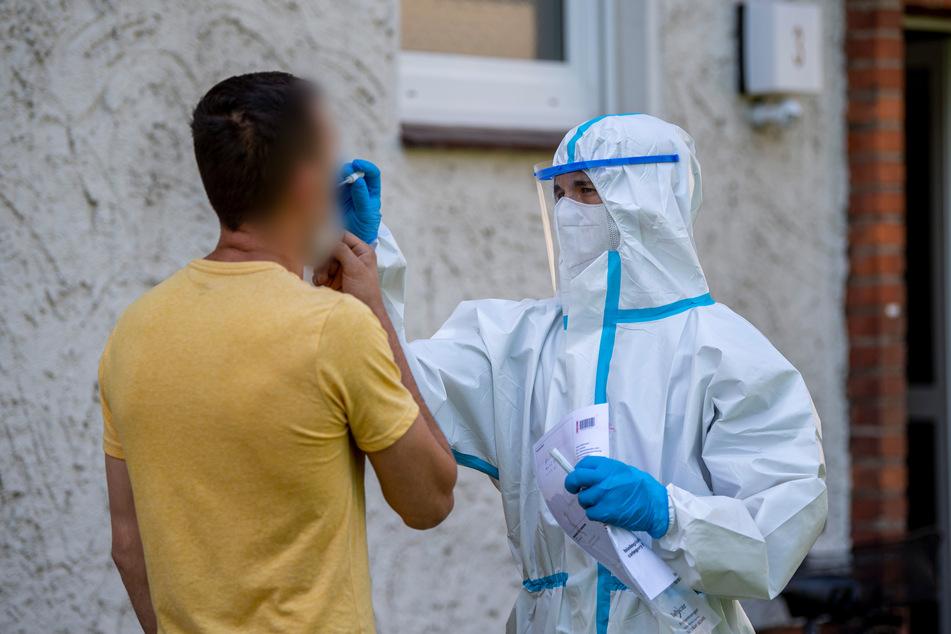 Nach Corona-Ausbruch bei Tönnies: Weitere Maßnahmen angekündigt