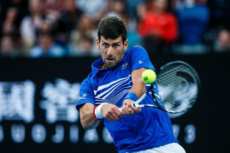 Novak Djokovic sicherte sich mit einem klaren Sieg über Rafael Nadal seinen 15. Grand-Slam-Titel.
