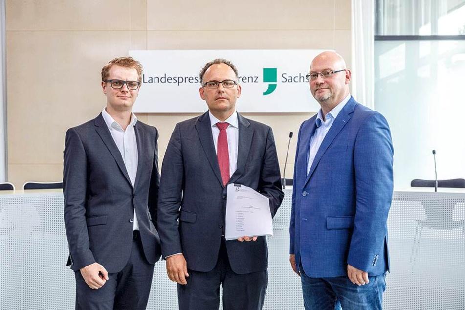 Ziehen vors Verfassungsgericht (v.l.): Valentin Lippmann (28, Grüne), Matthias Bäcker (44), Enrico Stange (50, Linke).