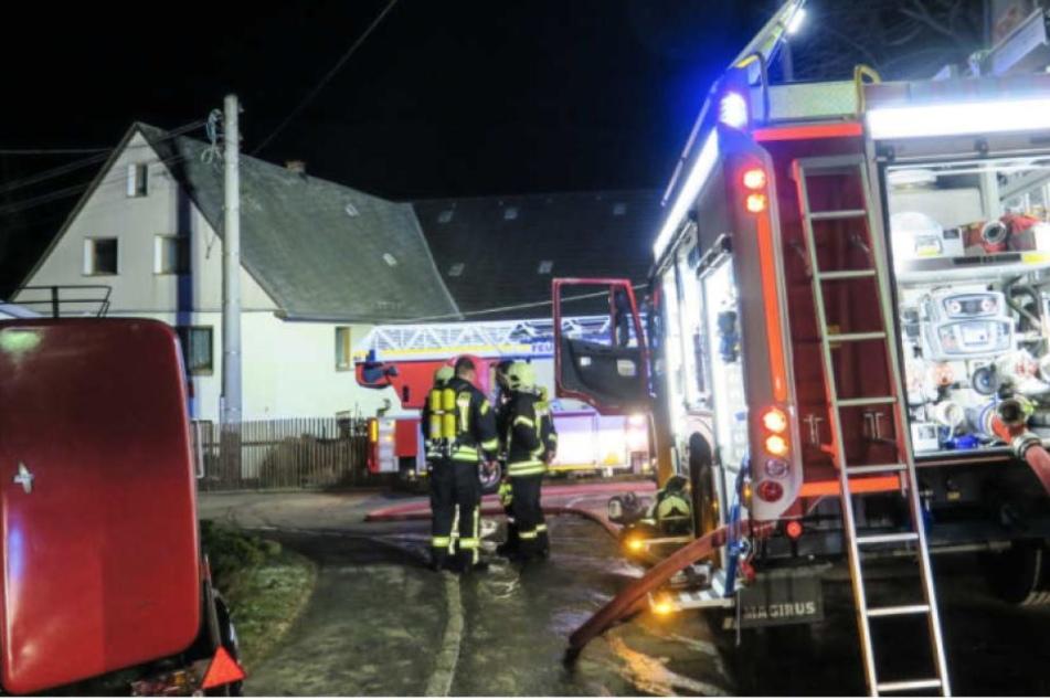 Todesfeuer auf Dreiseitenhof: Jetzt ist klar, was den Brand auslöste