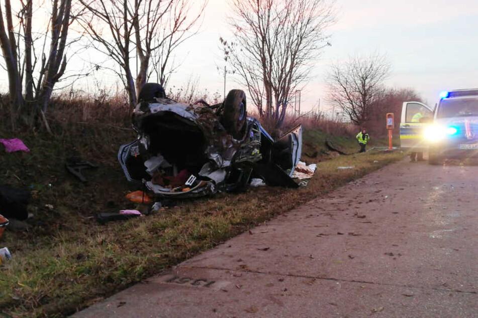 Dieses Fahrzeug überschlug sich am Donnerstagnachmittag auf der A14 bei Leisnig.
