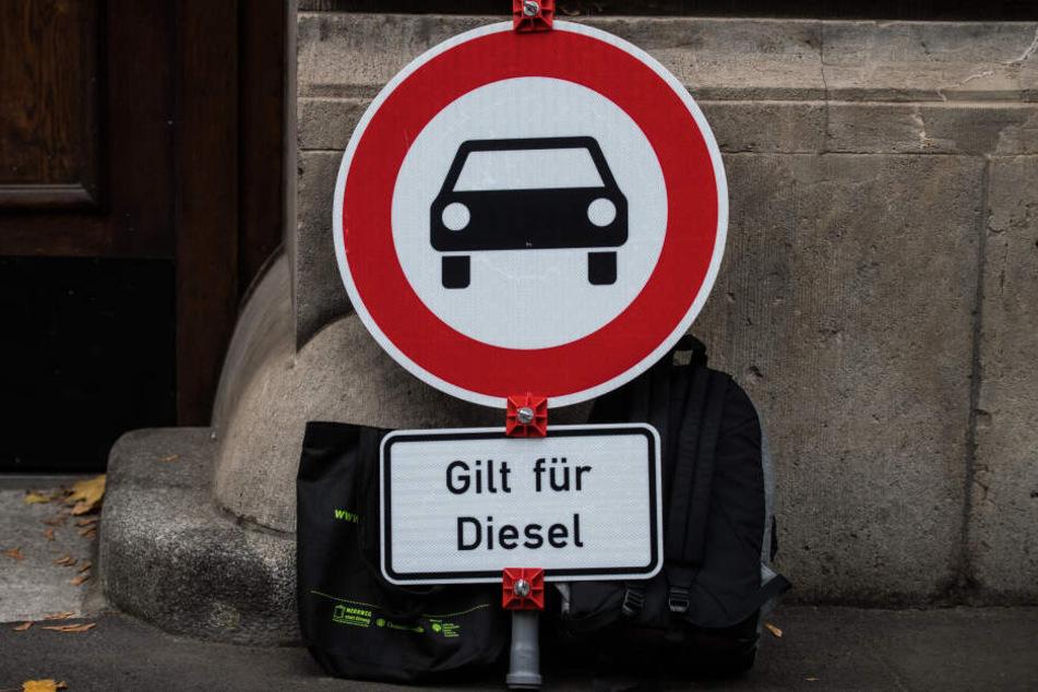 Ab Anfang Oktober sollen die Diesen-Fahrverbote in einigen Bereichen Berlins gelten (Symbolbild).