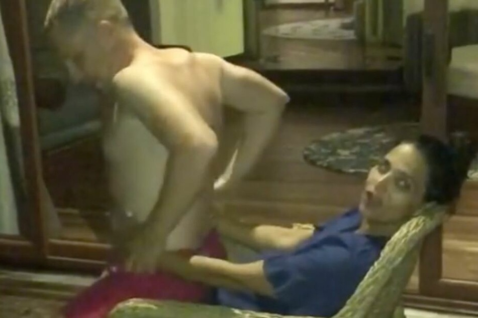 Oliver Pocher strippt für seine Amira: Dieser Tanz ist Sex pur...