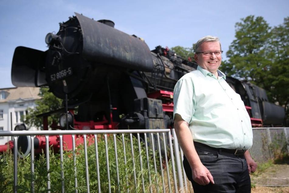 Heinrich Schleppers (64) hat die Rettung mit Hindernissen organisiert.