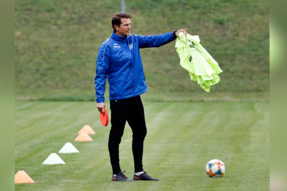 Trainer Patrick Glöckner gibt seit Dienstag beim CFC die Richtung vor. Bringen seine Änderungen schon heute den gewünschten Erfolg?