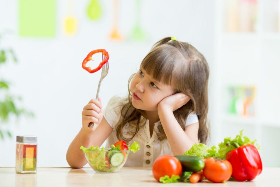 Vielen Kindern fehlt es an Zugang zu gesundem Obst und Gemüse.