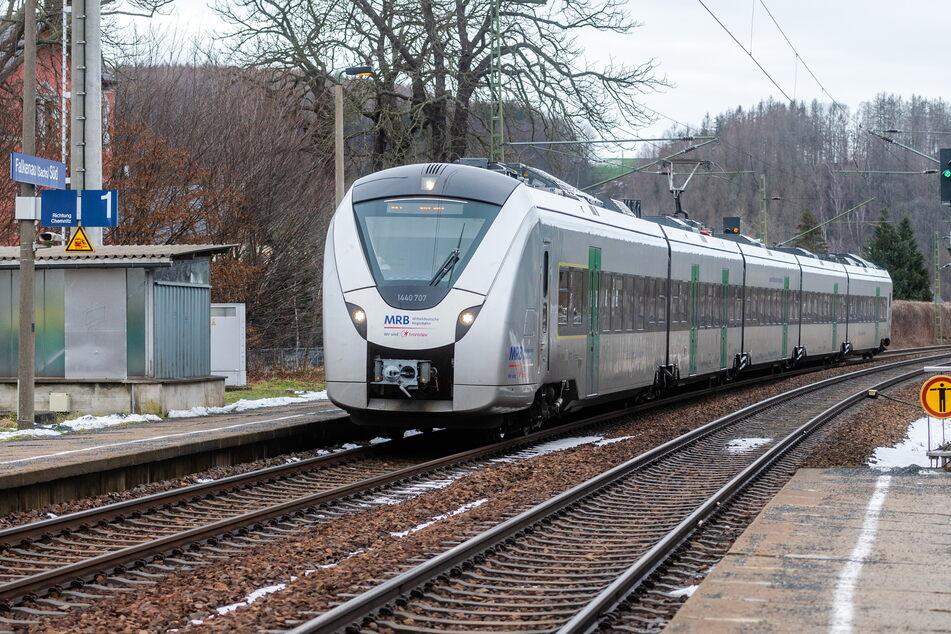 Auf der Bahnstrecke zwischen Dresden und Chemnitz kommt es am Wochenende zu Einschränkungen im Bahnverkehr.
