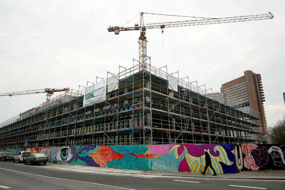 18 Firmen wurden vor Ort am Neubau des Kölner Stadtarchivs kontrolliert.
