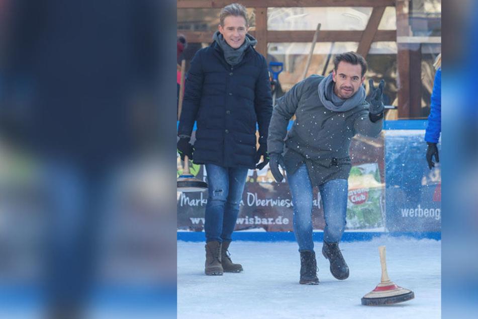 Wer beim Eisstockschießen gewonnen hat, wird erst in der Sendung verraten: Florian machte zumindest schon mal eine gute Figur.