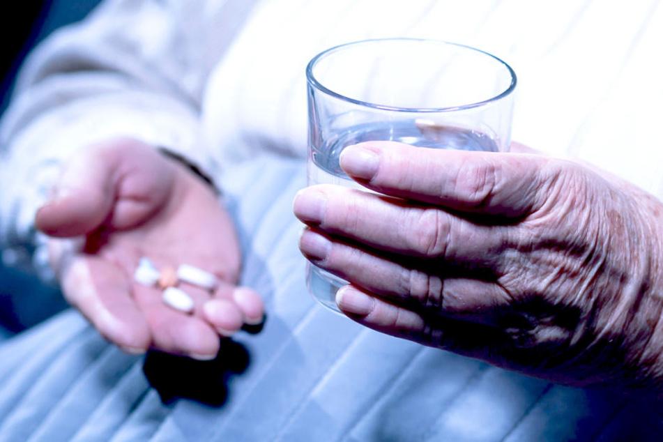 Eine Pflegehilfe in einem französischen Altersheim hat insgesamt 10 Senioren umgebracht.