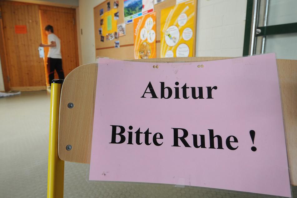 Die Abiturprüfungen in Sachsen-Anhalt beginnen. (Archivbild)