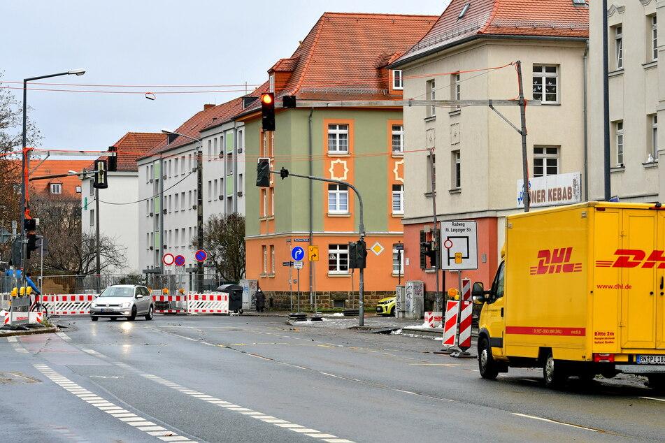 An der Lommatzscher Straße (Ecke Trachauer Straße) wird ein neuer Blitzer aufgebaut.