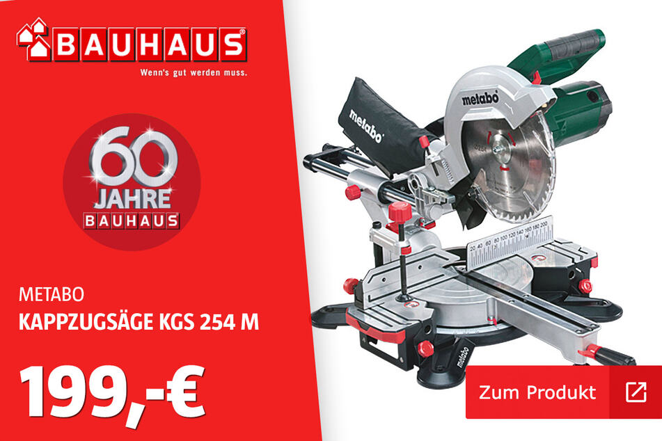 Kappzugsäge 'KGS 254 M' für 199 Euro.