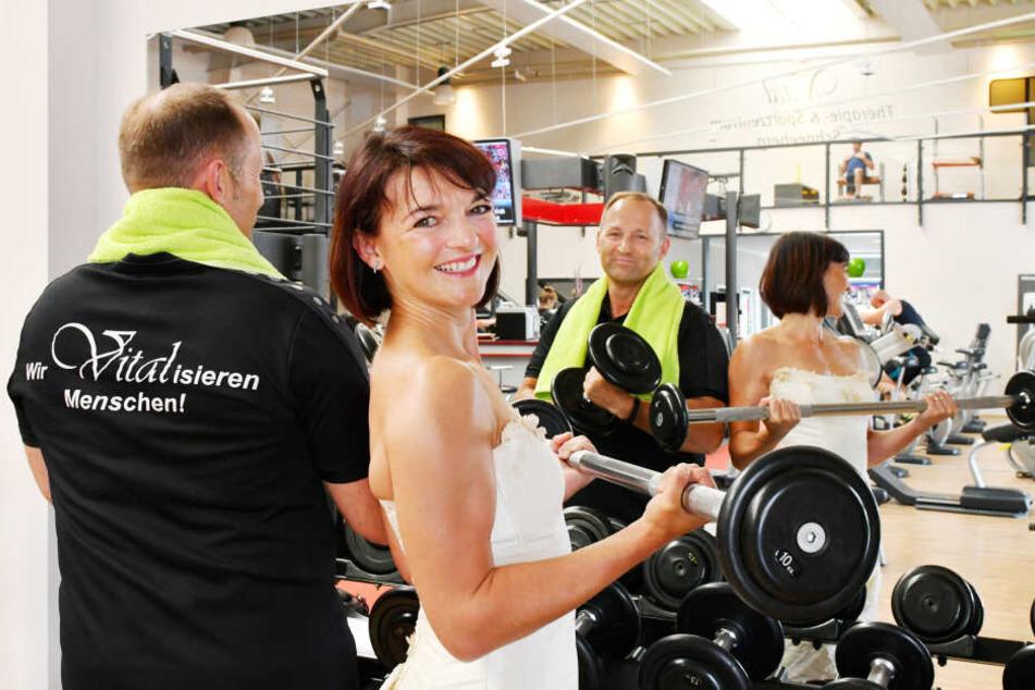 Herausforderer der Bürgermeisterwette in Schneeberg: Andreas Franke (48) und seine Frau Mandy Franke (39) vom Vital Therapie- und Sportzentrum.