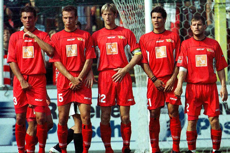 Schlappe 17 Jahre her: Cristian Fiel (Zweiter von rechts) und Steffen Baumgart (r.) im Trikot des 1. FC Union Berlin.