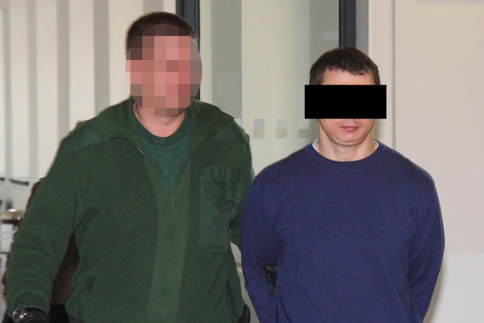 Mirko S. (†39, rechts) wurde 2009 im Landgericht zu lebenslanger Haft verurteilt.