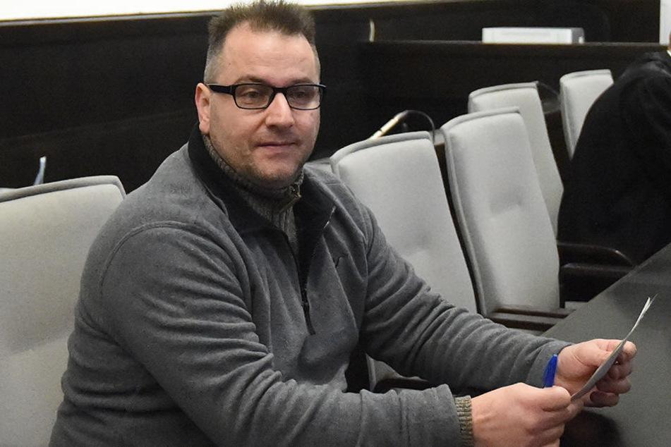 Wilfried W. (46) ist im Gefängnis auf jeden Fall kontaktfreudiger als Angelika.