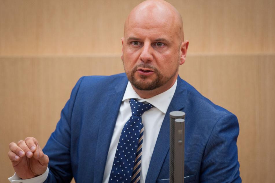 Um die von ihm online gestellte Seite geht's: AfD-Mann Stefan Räpple.