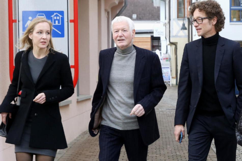 Anton Schlecker (Mitte) mit seinen Kindern Meike (links) und Lars (rechts).