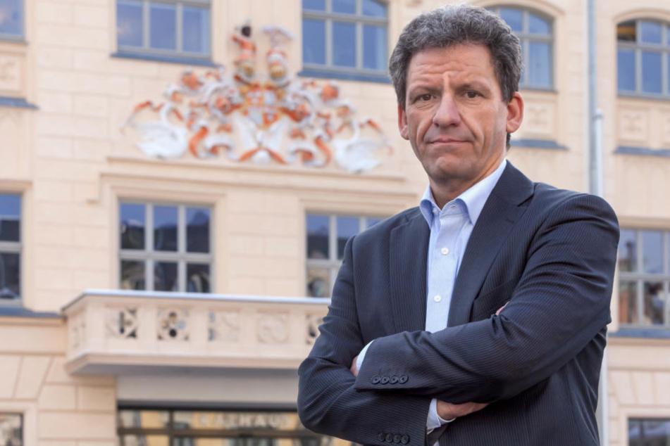 Rathaussprecher Mathias Merz (47) ist alarmiert, sieht aber nach der Prügelei  auf dem Muldeparadies noch keinen Handlungsbedarf.