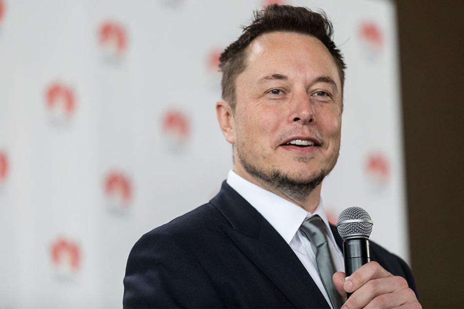 Elon Musk (46) und Facebook haben eine schwierige Vorgeschichte.