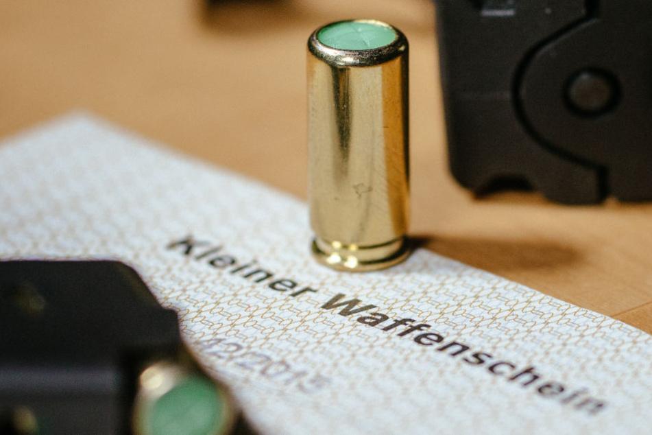 Immer mehr kleine Waffenscheine werden in Thüringen ausgegeben.